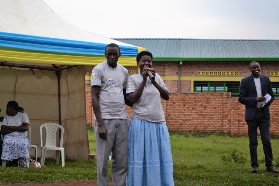 Couples that participated in the Bandebereho/MenEngage project in Rwamagana District, Rwanda share their stories with ALIGN convening participants.