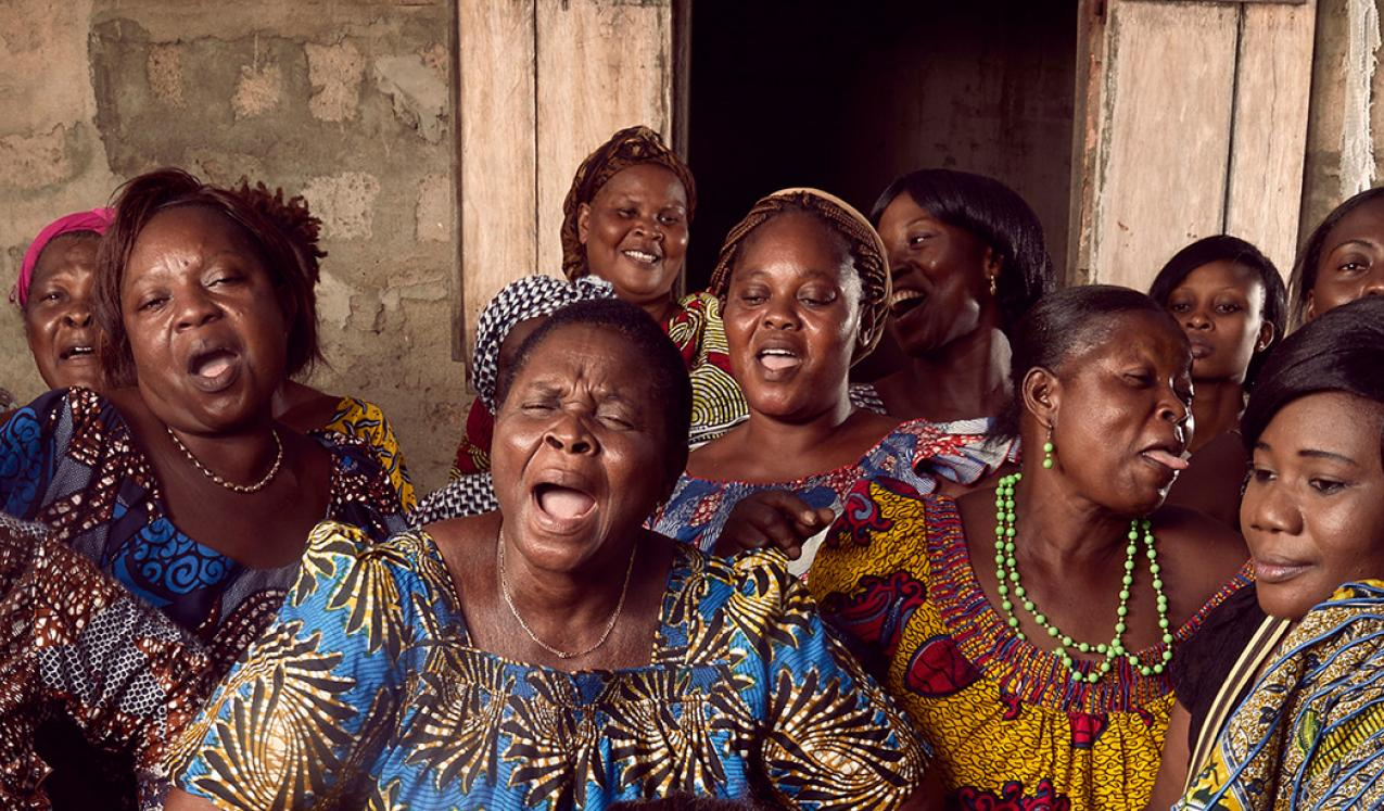 Women of the Delali Association, a co-op of small businesses led by women © Stephan Gladieu / World Bank