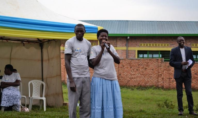 Couples that participated in the Bandebereho/MenEngage project in Rwanda share their stories with other participants.