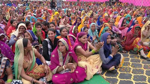 Women at a concert in India