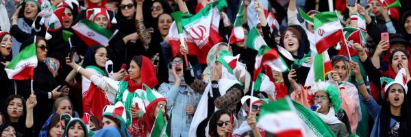 Iranian women fans arrive to attend Iran's FIFA World Cup Asian qualifier match. © Nazanin Tabatabaee/WANA (West Asia News Agency) via THIRD PARTY - RC115E470720