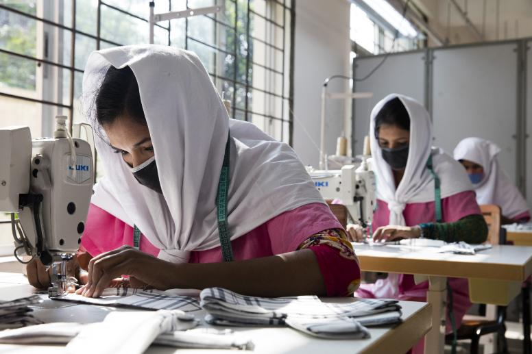 Young Bangladeshi women being trained at the Savar Export Processing Zone. © Dominic Chavez/World Bank